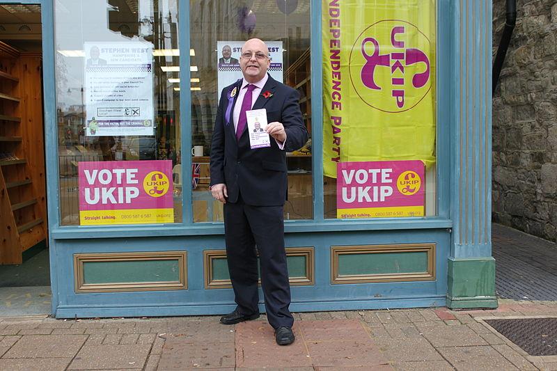 File:UKIP campaigning in Newport High Street 2.jpg