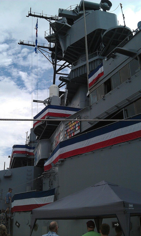 USS Iowa (BB-61) superstructure.jpg