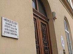 Varga Katalin Secondary School 3.jpg