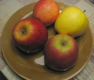 300px Various apples Aging Health   An Apple a day is still good advice.