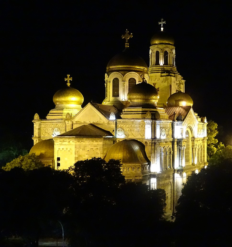Varna Cathedral 01