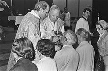 Mons. Marcel Lefebvre con Franz Schmidberger nel 1981