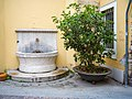 Via Carlo Cattaneo fontana a Brescia.jpg