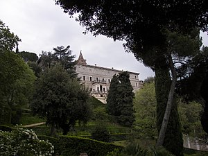 Villa d'Este - Image: Villa d'Este garden 8