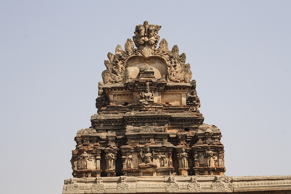 Virupaksha Temple in Hampi 02