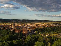 Vista de El Burgo de Osma desde el castillo de Osma (cropped).jpg