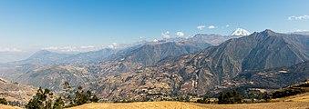 Vista de los Andes, Limatambo, Cuzco, Perú, 2015-07-30, DD 79.JPG