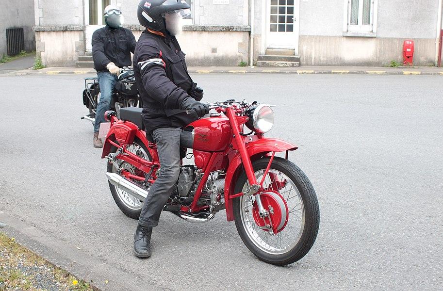 Moto Guzzi.