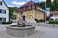 Waldburg Brunnen und Hotel Krone.jpg
