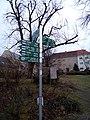 Wegschilder E10 E11 Findling Potsdam.jpg