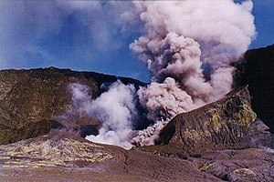 Volcanology of New Zealand - Main vent of Whakaari/White Island in 2000