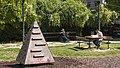 Wien 06 Alfred-Grünwald-Park d.jpg