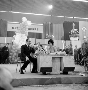 Open Het Dorp - Wim Kan, Corry Vonk and Mies Bouwman during Open Het Dorp