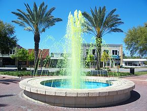 Winter Haven FL downtown fountain green01.jpg