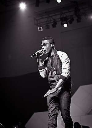 Wizkid (musician) - Wizkid performing at the Desire album launch concert in 2013