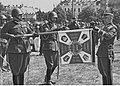 Wręczenie sztandarów pułkom artylerii w Wilnie - 19 pal NAC 1-W-3117-4.jpg