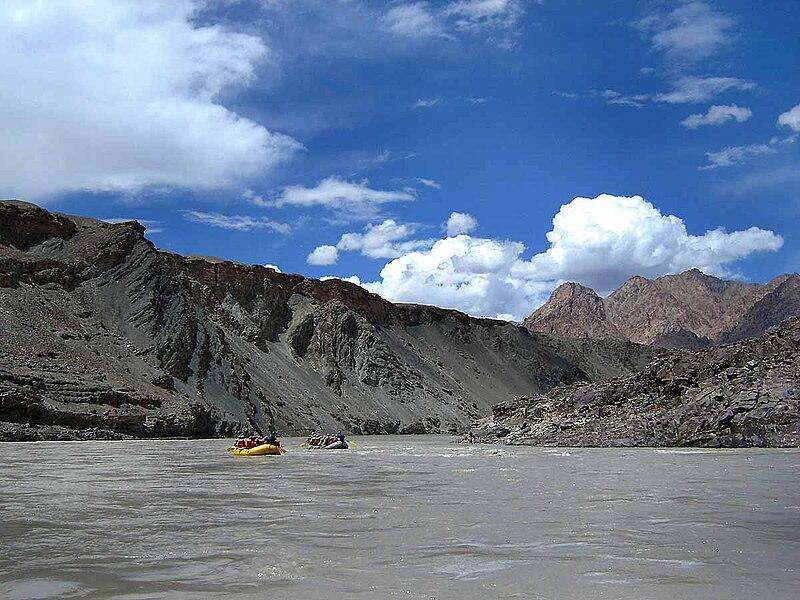 File:Zanskar rafting (babasteve).jpg