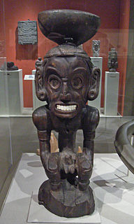 Zemi designated objects made of wood, stone or shells
