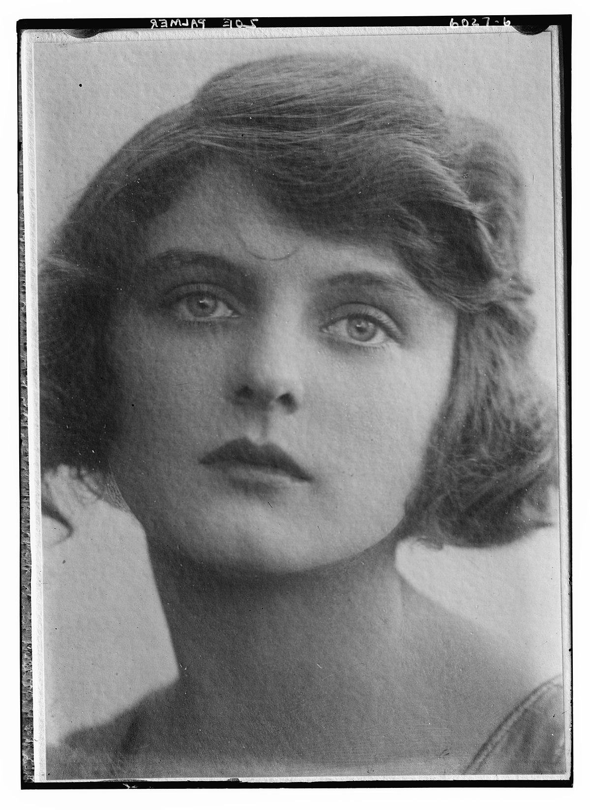 Juanita Jennings,Pearl Mackie Porno archive Anna Thomson,Dorothy Short