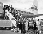 (8) 1965 Moscow State Circus at Canberra Airport.jpg