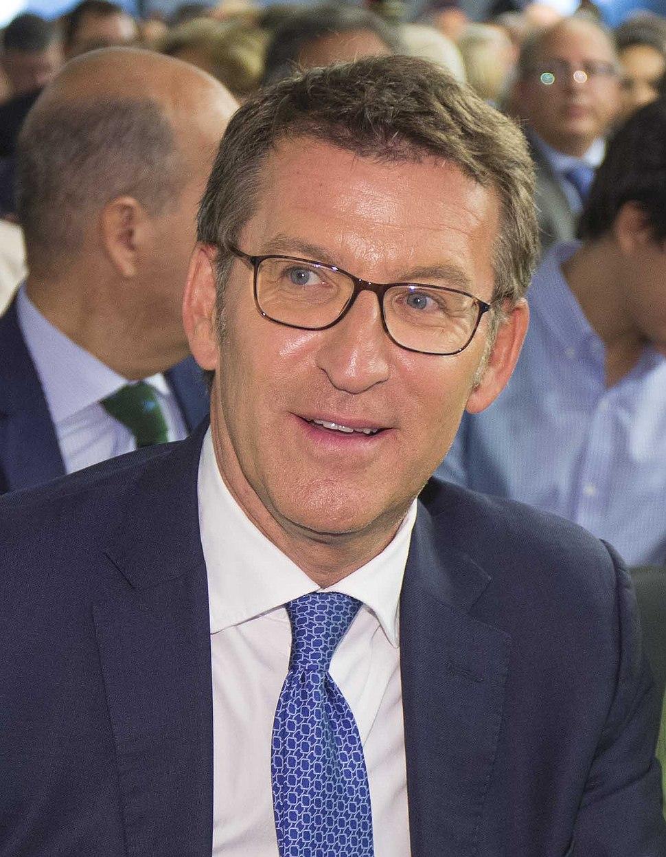 (Alberto Núñez Feijóo) Junta Directiva Nacional del PP, 4 de septiembre de 2017 Cifuentes-Feijóo (cropped)