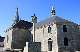 The church of Saint-Arnould, in Saint-Allouestre