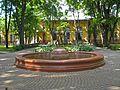 Литовская 2А, фонтан в саду02.jpg