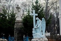 Мемориальный одиночный комплекс с крестом Обь памятники на могилу с ангелами в г.воронеже