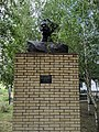 Пам'ятник-бюст В.І.Чапаєву, смт Семенівка, 03.jpg