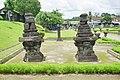 008 Off-Balance Stones (39535413095).jpg