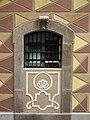 013 Can Solé (Barcelona), detall de la façana del c. Mar 51-53.jpg