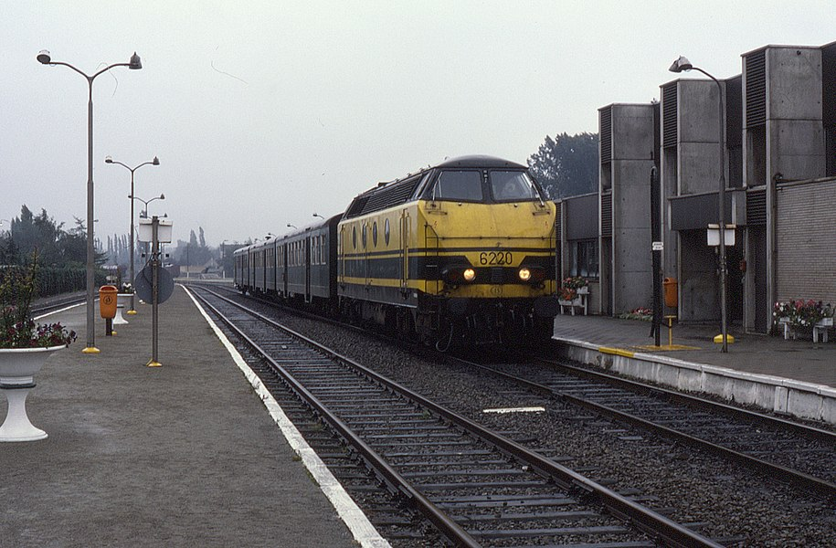 6220 having arrived at Eeklo, Belgium, on 10 September 1987.