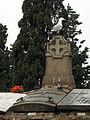 183 Gavina damunt la tomba de Pere Viñas.jpg