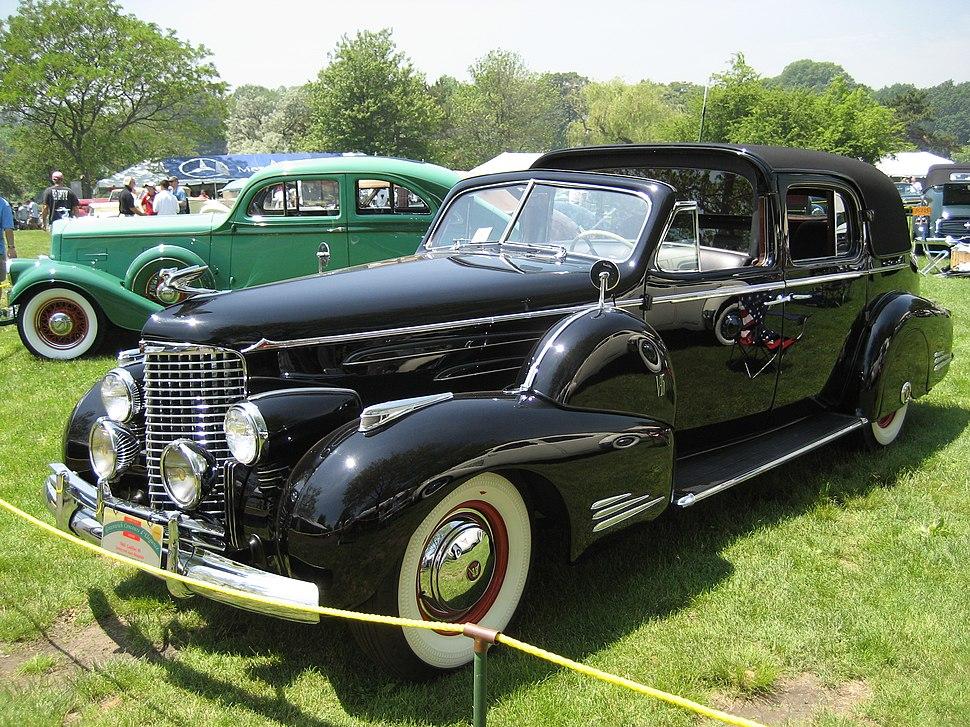 1940 Cadillac 90