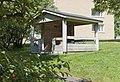 1950-luvun lähiöarkkitehtuuria Maunulassa, Männikkötie 3 pihaa - G29577 - hkm.HKMS000005-km0000obj0.jpg