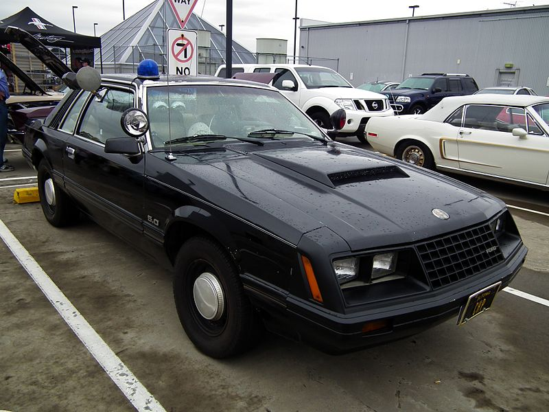 File:1982 Ford Mustang coupe (8453081110).jpg