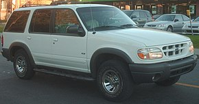 1999-2001 Ford Explorer XLS.jpg