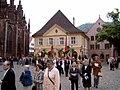 2008-05-22, Fronleichnamsprozession auf dem Freiburger Münsterplatz.jpg
