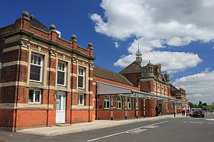 Colchester railway station - Image: 2013 at Colchester up side buildings