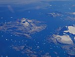 201708 Greenland by plane 03.jpg