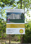 2018-04-28 Refurbishment of Welzower Straße 33-34 (info board).png
