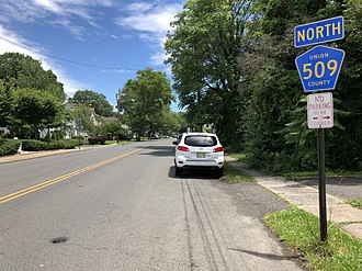 County Route 509 (New Jersey) - View north along CR 509 (Salem Road) at Galloping Hill Road in Union Township