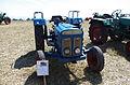 3ème Salon des tracteurs anciens - Moulin de Chiblins - 18082013 - Tracteur Ford Dexta - devant.jpg