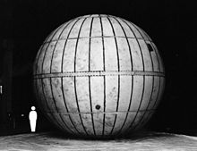 Rubberized silk balloon used for meteorological observation during World War II
