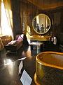37 quai d'Orsay salle de bain du roi.jpg