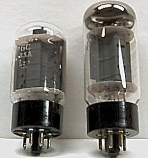 6L6 - Pair of 6L6GC tubes: Left: General Electric version from 1960s Right: current manufacture from Svetlana Electron Devices
