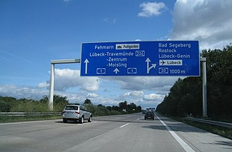 Bundesautobahn 1 - Image: A1 Kreuz Lübeck (24) (1000m) geo en.hlipp.de 5239