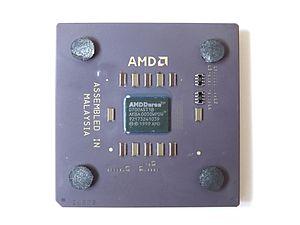 File:AMD Duron 700 D700AST1B Sockel A.jpg