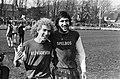 AZ67 tegen PSV 2-1, AZ-spelers Rijnsoever en Spelbos verlaten het veld, Bestanddeelnr 927-8216.jpg