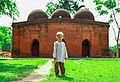 A little boy in front of the mosque 04.jpg